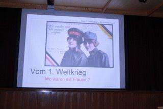 Franziska Jenewein / Präsentation Frauen im 1. WK