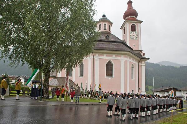 SK Strassen / 0027_gefallenengedenken_beim_kriegerdenkmal_ / Zum Vergrößern auf das Bild klicken