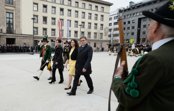 Land Tirol Berger / LÜE Landtag / Zum Vergrößern auf das Bild klicken
