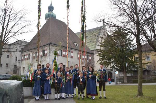 Martina Mair / Speckbacher Jungschützen Hall Palmsonntag / Zum Vergrößern auf das Bild klicken