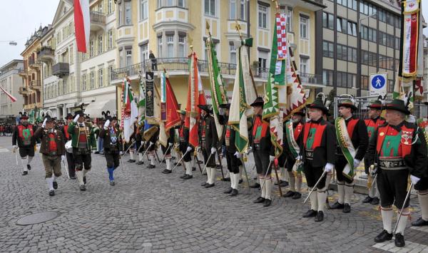 Südtiroler Schützenbund / ahgf-meran2011-1