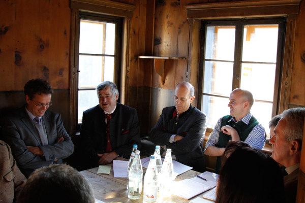 Hartwig Röck / ar-thurn2011-1 / Zum Vergrößern auf das Bild klicken