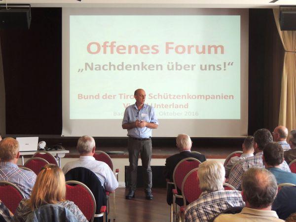 Thomas Saurer / Nachdenken über uns Unterland / Zum Vergrößern auf das Bild klicken