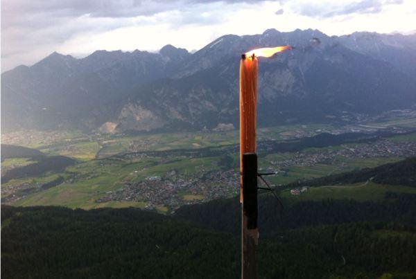 Thomas Saurer / Bergfeuer Axams / Zum Vergrößern auf das Bild klicken