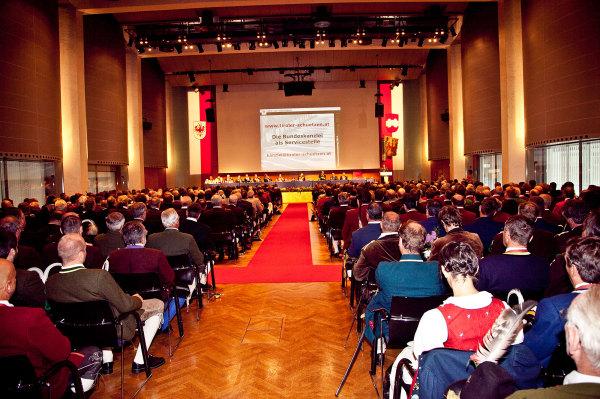 Leitner Klaus / bv2011-congress-saal-innsbruck / Zum Vergrößern auf das Bild klicken