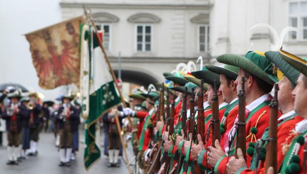 Angela Röck / bv2011-ek-sillian / Zum Vergrößern auf das Bild klicken