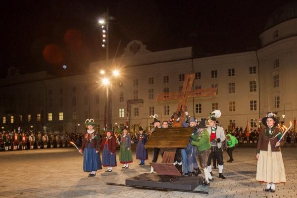 Land Tirol Die Fotografen / Denktage Ibk / Zum Vergrößern auf das Bild klicken