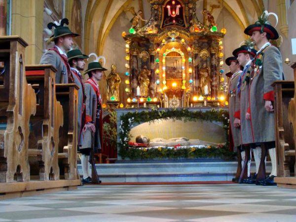 Ottilie Stemberger / Karfreitag St. Veit / Zum Vergrößern auf das Bild klicken