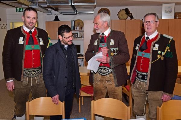 Hans Bergmann / dsc_0213_prufungskommission_4 / Zum Vergrößern auf das Bild klicken
