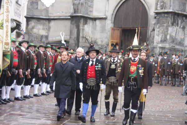 Martin Sprenger / Ehrengäste Bataillonsversammlung Schwaz 2016 / Zum Vergrößern auf das Bild klicken