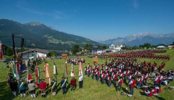 Schützenbataillon Sonnenburg / Bataillonsfest Patsch Feldmesse / Zum Vergrößern auf das Bild klicken