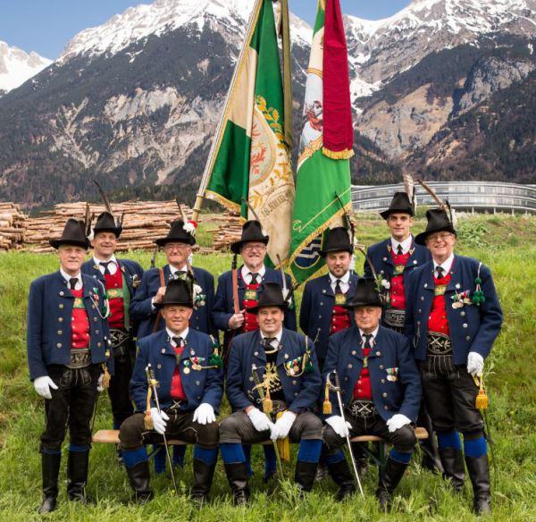 Speckbacher Schützenkompanie Rum / Vorstand Schützenkompanie Rum / Zum Vergrößern auf das Bild klicken