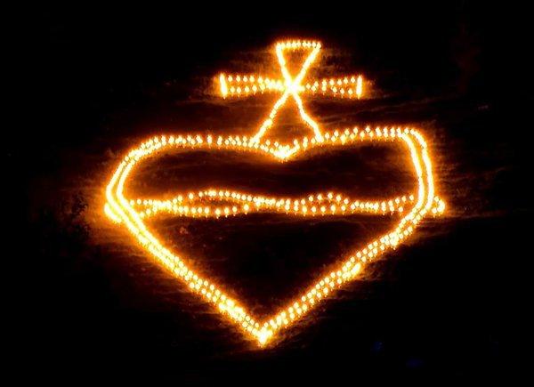 meinbezirk.at / Herz Jesu Feuer / Zum Vergrößern auf das Bild klicken