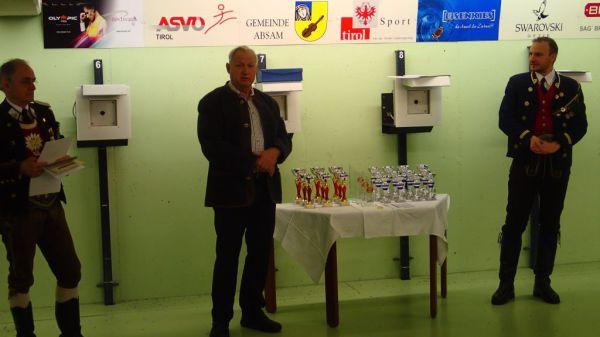 Speckbacher Schützen Hall / Bezirks-JS-Schießen Absam 2016 / Zum Vergrößern auf das Bild klicken