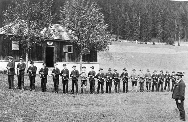 Schützenkompanie Waidring / Standschützen / Zum Vergrößern auf das Bild klicken