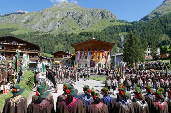 Blassnig / Bataillonsfest Prägraten / Zum Vergrößern auf das Bild klicken