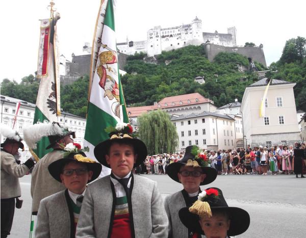Florian Haun / Bischofsweihe Hofer / Zum Vergrößern auf das Bild klicken
