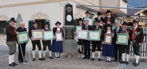 Trabi / Ehrung Oberndorf 2018 / Zum Vergrößern auf das Bild klicken