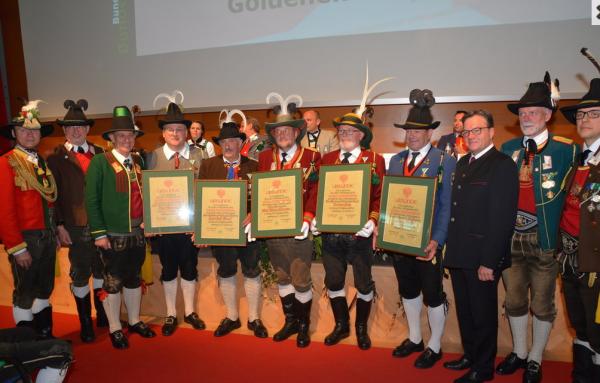 Bezirksblatt Stubai-Wipptal / Bundesversammlung 2017 / Zum Vergrößern auf das Bild klicken