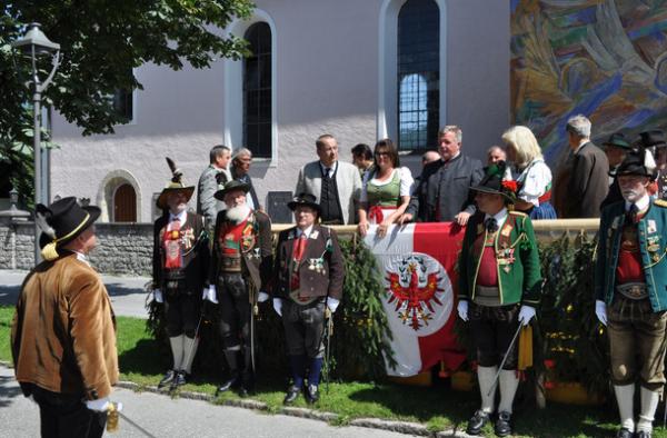 Nikolussi / Bezirksschützenfest Ehrwald / Zum Vergrößern auf das Bild klicken