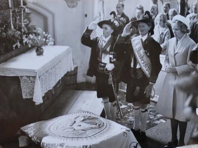 A. Weiskopf / fahnenweihe_1969 / Zum Vergrößern auf das Bild klicken